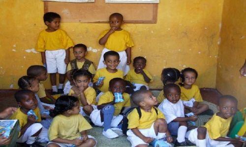 KENIA / północna Kenia / Lamu /  przedszkole w Lamu