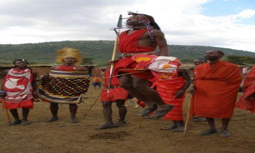 Zdjecie KENIA / Massai Mara / Wioska masajska przy Massai Mara / Taniec Masajów