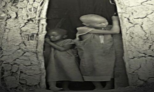 Zdjęcie KENIA / Masaj Mara / wioska masajska / ***