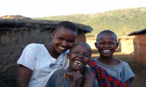 Zdjecie KENIA / brak / Wioska Masajow / Dzieciaczki