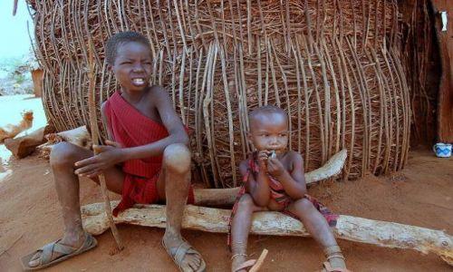 Zdjecie KENIA / brak / Wioska Masajów / Bracia