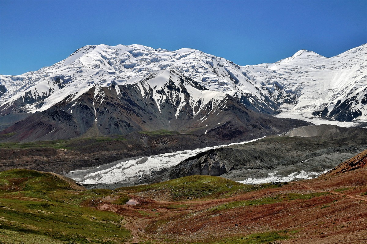 Zdjęcia: Przełęcz Podróżników (4150 m), Pamir, Pik Lenina, Przełęcz Podróżników, czyli Nas, KIRGIZJA