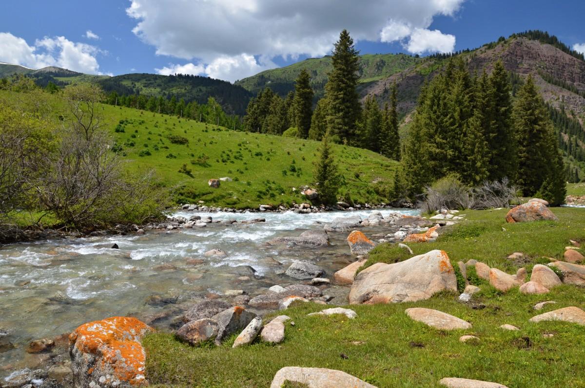 Zdjęcia: Kirgistan, Kirgistan, JETI-OGUZ , KIRGIZJA