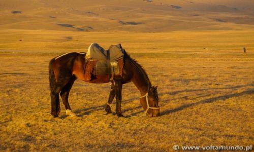 KIRGIZJA / --- / --- / Volta ao Mundo- Kirgistan