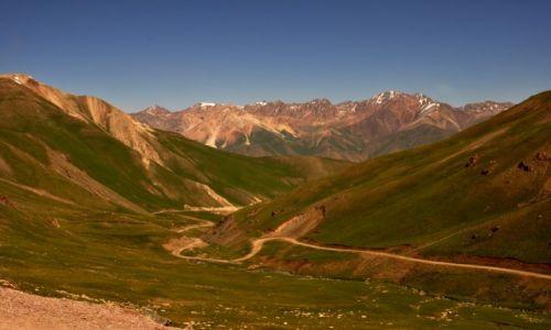 Zdjecie KIRGIZJA / Tien Shan / Tien Shan / W drodze z Osh do Bishkeku