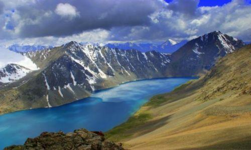 Zdjecie KIRGIZJA / Kirgizja / Kirgizja / Jezioro