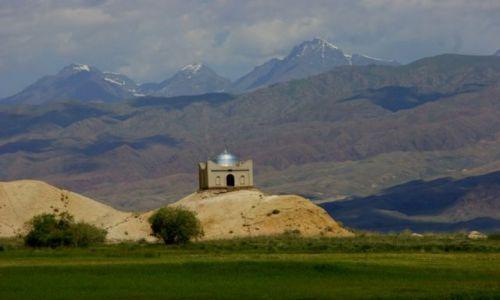 Zdjęcie KIRGIZJA / Okolice Narynia   / Okolice Narynia  / Kurhan