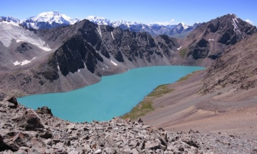KIRGIZJA / Tien-Szan / Jezioro Ala-Kol / Piękne jezioro