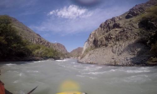 KIRGIZJA /    / rzeka Czu / Rafting