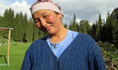 Zdjęcie KIRGIZJA / Tien-Shan / Gdzieś powyżej Kyzyl Tuu / Promienny uśmiech