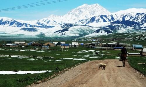 KIRGIZJA / - / Karkara  / Powitanie Kirgizji