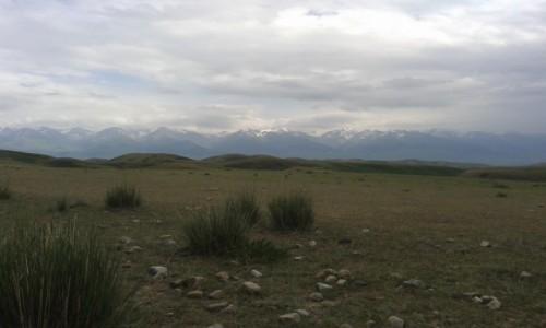 Zdjecie KIRGIZJA / Kirgistan / Tien Szan / widok na Tien Szan
