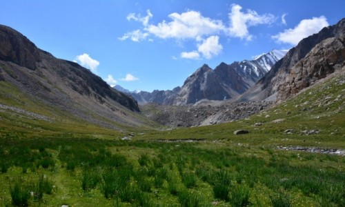 KIRGIZJA / Pamir / Kirgistan / Kirgijskie pejzaze