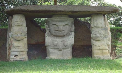 Zdjęcie KOLUMBIA / Huila / San Agustin / Posągi