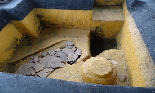 Zdjęcie KOLUMBIA / Huila / Obando / Grobowce w Obando