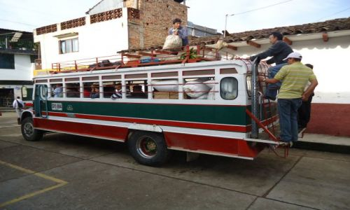 Zdjecie KOLUMBIA / Huila / San Agustin / Kolumbijski transport