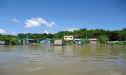 KOLUMBIA / Antioquia / Bocas del Rio Atrato / Wioska