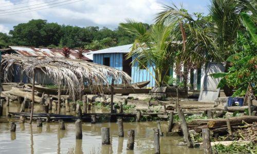 Zdjęcie KOLUMBIA / Antioquia / Bocas del Rio Atrato / Nad wodą