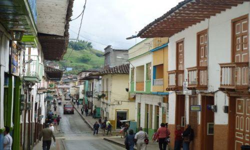 Zdjęcie KOLUMBIA / Caldas / Salamina / Ulice Salaminy (2)