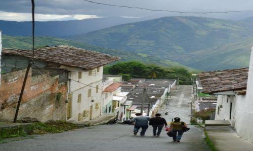 Zdjęcie KOLUMBIA / Caldas / Salamina / Andy w tle