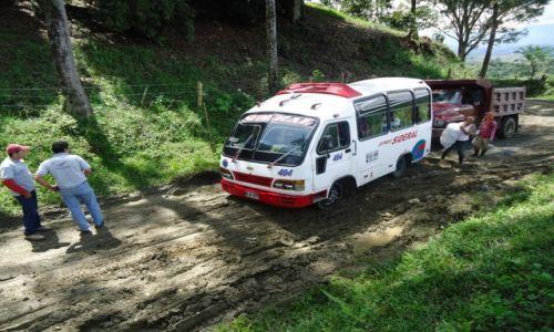 Zdjęcie KOLUMBIA / caldas / droga Manizales - Salamina / Sytuacje na drogach