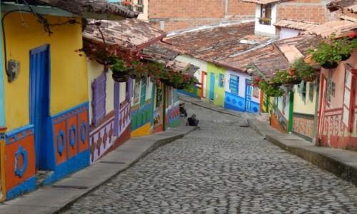 Zdjecie KOLUMBIA / Antioquia  / miasteczko Guatape / Guatape