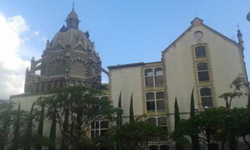 Zdjecie KOLUMBIA / Antioquia / Medellin / Niewykończony Pałac