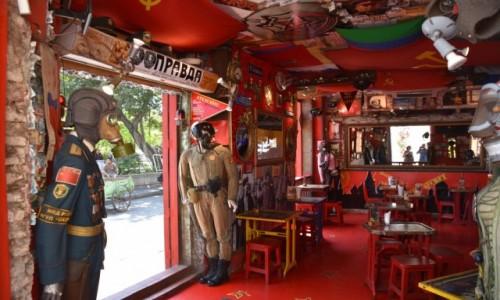 KOLUMBIA / Cartagena de Indias / Stare miasto / Wnętrze knajpki, hmm, zależy co kto lubi