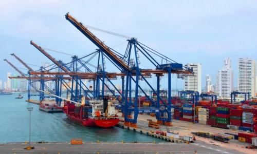 Zdjecie KOLUMBIA / Cartagena de Indias / Wybrzeże / W porcie