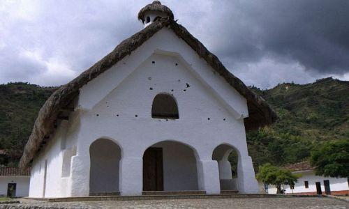 KOLUMBIA / płd-zach Kolumbia / Rezerwat przyrodniczo-archeologiczny Tierradentro / Kościółek w San Andres