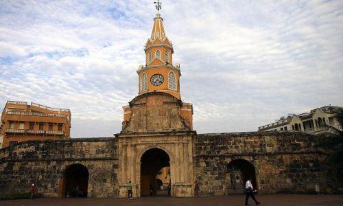 Zdjęcie KOLUMBIA / płn Kolumbia / Cartagena / Puerta del Reloy (Brama Zegarowa)