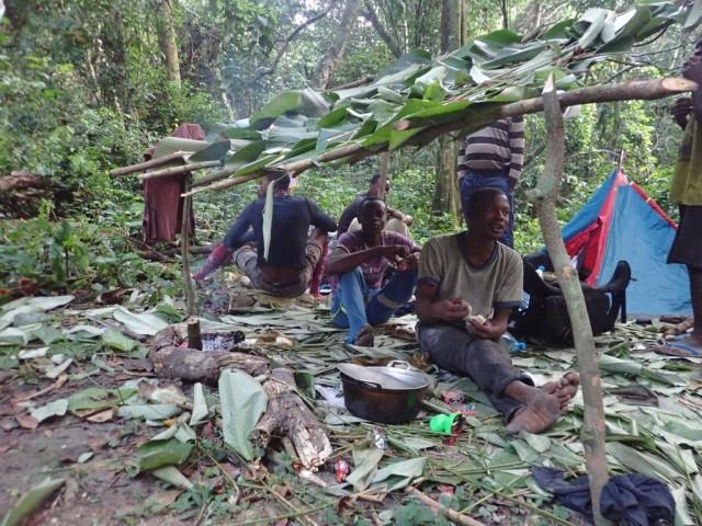 Zdjęcia: Gdzieś w dżungli, Obóz, KONGO