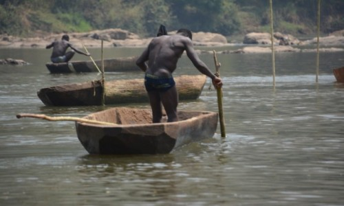 Zdjęcie KONGO / Sangha / Ouesso / Na łódce