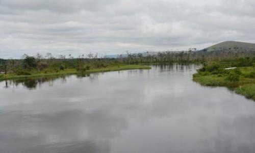 Zdjecie KONGO / Pool / Park Narodowy Lefini / Rzeka Lefini