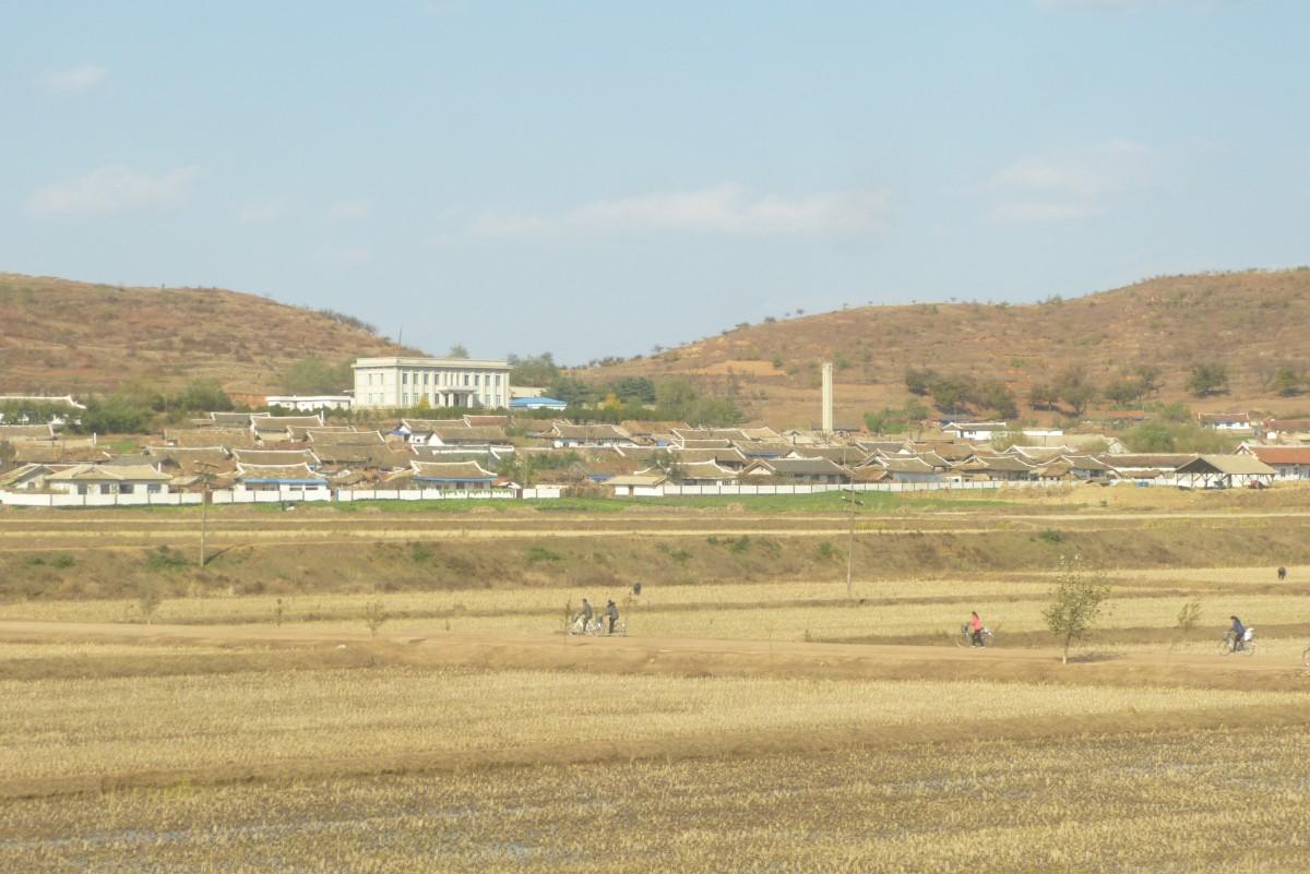 Zdjęcia: Sinuiju, Sinuiju, Wieś, KOREA PÓŁNOCNA