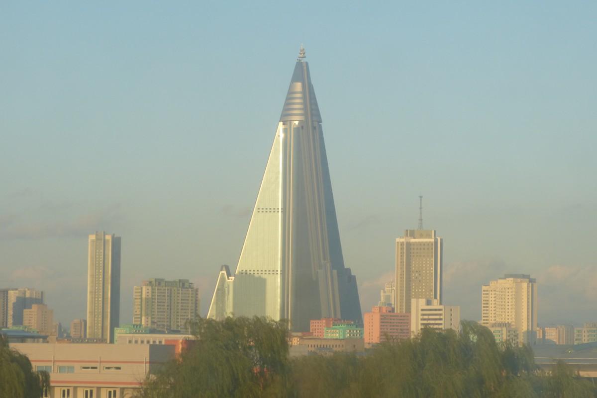 Zdjęcia: Pyongyang, Pyongyang, Poranna mgiełka, KOREA PÓŁNOCNA