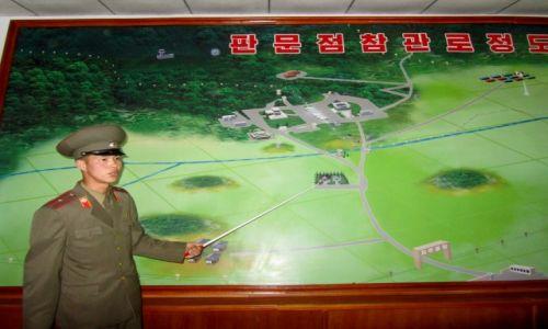 Zdjęcie KOREA PÓŁNOCNA / AZJA / PANMUNJON / PANMUNJON - GRANICA OD STRONY KOREI POLNOCNEJ