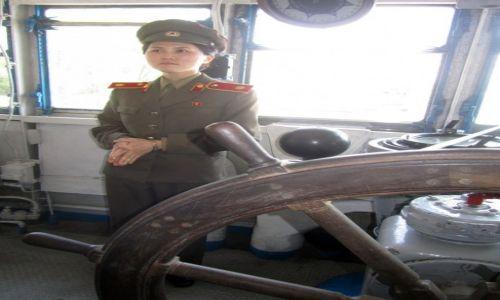 Zdjęcie KOREA PÓŁNOCNA / AZJA / PHENIAN / Wewnatrz okretu szpiegowskiego USS Pueblo...aktualnie muzeum...