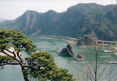 Zdjęcia: Korea, Hyon Jong Sah, River, KOREA POŁUDNIOWA