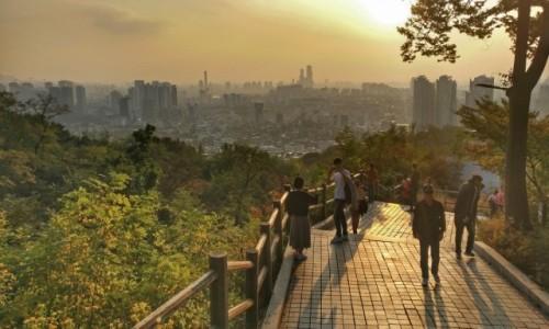 KOREA POŁUDNIOWA / Seul / Namsan Northern Walking Track / Koreański smog... zachód... hmm
