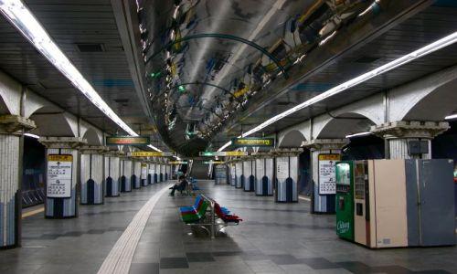 KOREA POŁUDNIOWA / Seul / Stacja Metra / zbytek 7