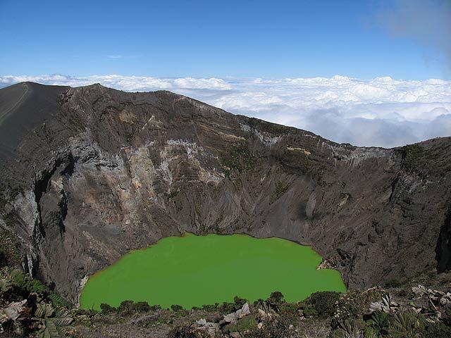Zdjęcia: Wulkan Irazu, Wulkan Irazu, Krater wulkanu Irazu, KOSTARYKA