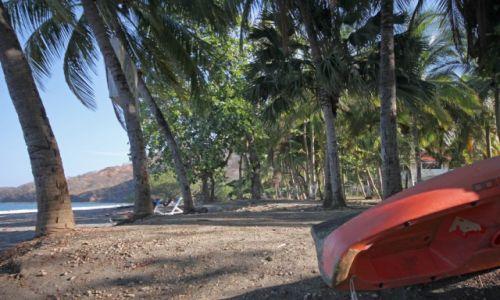 KOSTARYKA / - / Playa Hermosa / Plaża przy hostelu El Velero