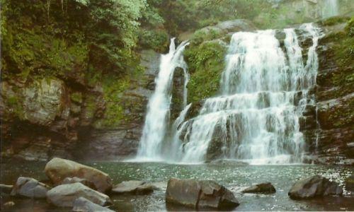 Zdjęcie KOSTARYKA / Wybrzeże Pacyfiku / Dominical / Wodospad Nauyaca II