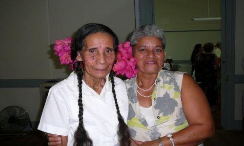 Zdjęcie KOSTARYKA / Kostaryka / w klubie / dwie kobiety