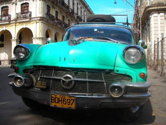 Zdj�cia: Centro Havana, Havana, Buick, KUBA