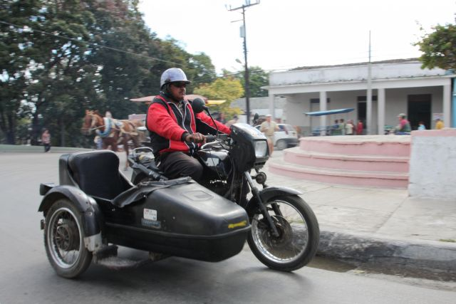 Zdjęcia: Trynidad, Trynidad, Radzieckie wynalazki, KUBA