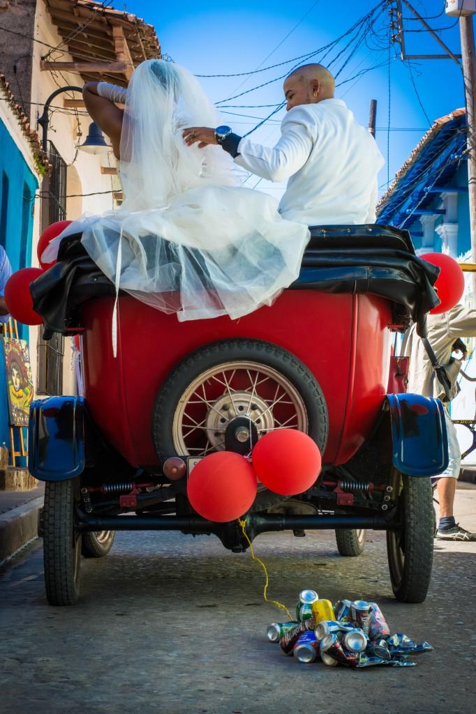 Zdjęcia: starówka, północ, kubańscy nowożeńcy, KUBA