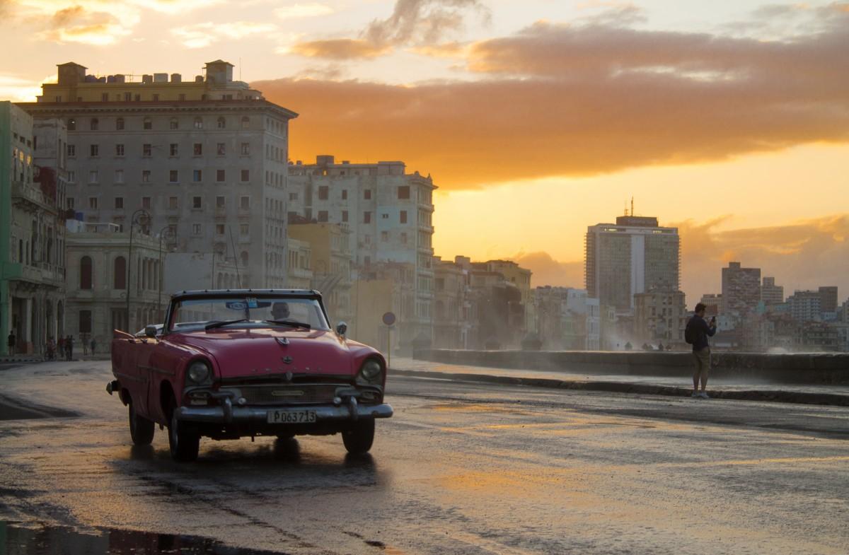 Zdjęcia: Malecon, Hawana,  Hawana o zachodzie słońca, KUBA