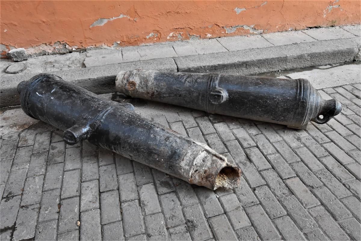 Zdjęcia: La Habana, Stolica, La Habana, tam nie trzeba pistoletów, KUBA